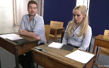 Louise Lee spreads her legs for a friend's hard bushwa on the desk